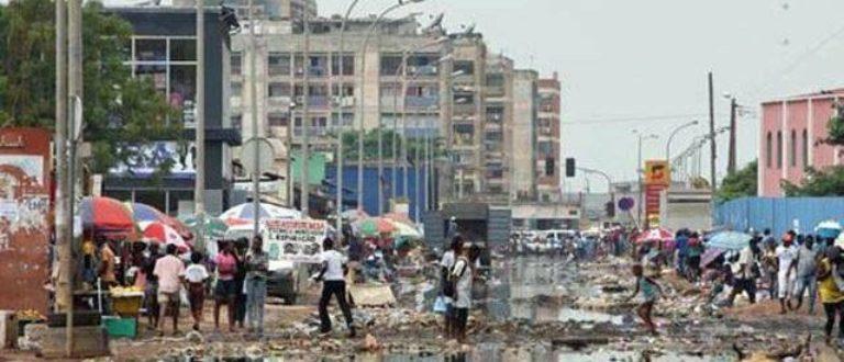 Article : Tout est éphémère et en perpétuelle mutation à Luanda